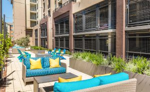 Encore - Outdoor Lounge
